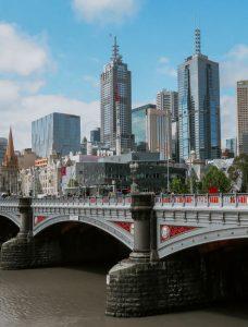 Biluthyrning & hyrbil i Melbourne