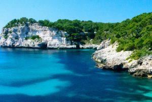 Boka hyrbil & biluthyrning på Menorca