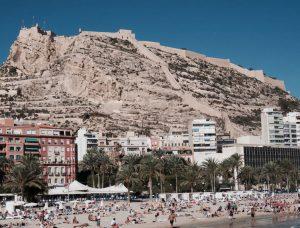 Biluthyrning & hyrbil i Alicante