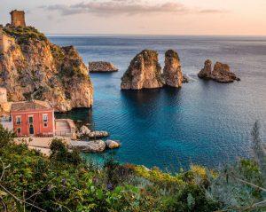 Boka hyrbil & biluthyrning på Sicilien