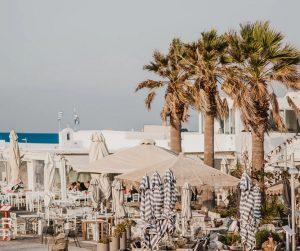 Boka hyrbil & biluthyrning på Paros