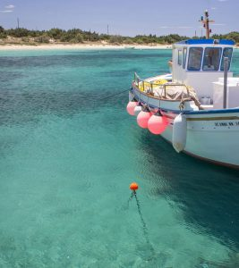 Boka hyrbil & biluthyrning på Naxos