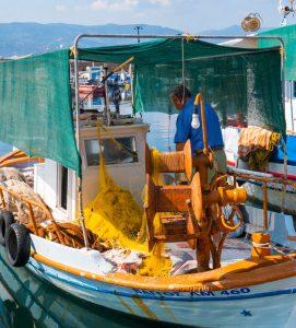 Boka hyrbil & biluthyrning på Lesbos