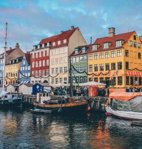 Biluthyrning & hyrbil i Köpenhamn