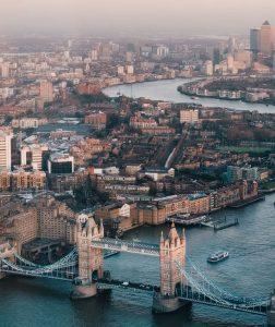 Biluthyrning & hyrbil i London