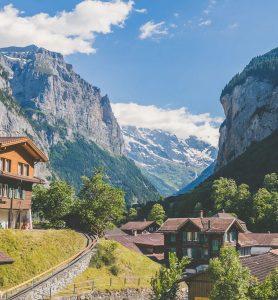 Hitta hyrbil & hyra bil i Schweiz