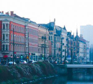 Biluthyrning & hyrbil i Malmö