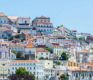 Biluthyrning & hyrbil i Coimbra