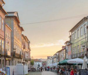 Biluthyrning & hyrbil i Braga