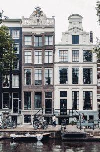 Biluthyrning & hyrbil i Amsterdam