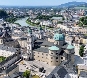 Biluthyrning & hyrbil i Salzburg