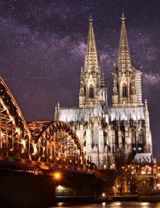 Biluthyrning & hyrbil i Köln