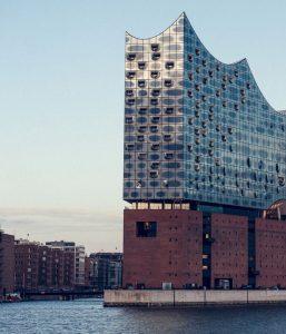 Biluthyrning & hyrbil i Hamburg