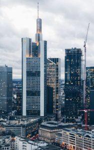 Biluthyrning & hyrbil i Frankfurt am Main