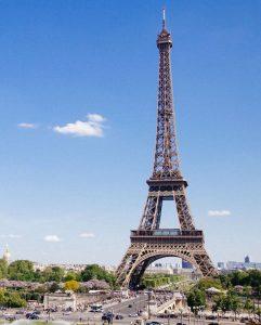 Biluthyrning & hyrbil i Paris