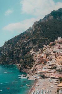Biluthyrning & hyrbil i Salerno