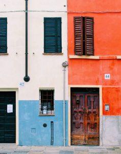Biluthyrning & hyrbil i Parma