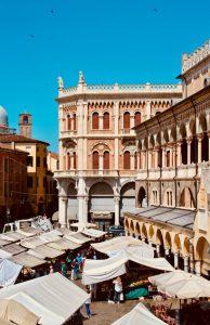 Biluthyrning & hyrbil i Padua