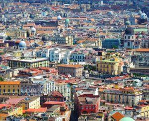 Biluthyrning & hyrbil i Neapel