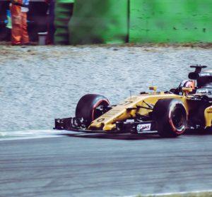 Biluthyrning & hyrbil i Monza