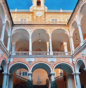 Biluthyrning & hyrbil i Genua