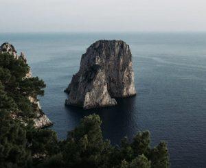 Boka hyrbil & biluthyrning på Capri