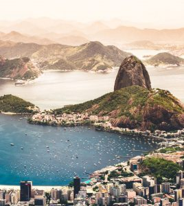 Billig biluthyrning & hyrbil i Rio de Janeiro