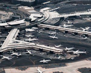 Hyrbil & biluthyrning Newark Liberty Internationella flygplats