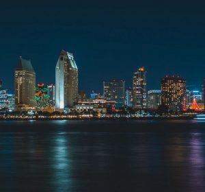 Biluthyrning & hyrbil i San Diego