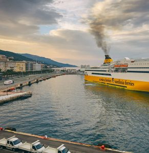 Hyrbil & biluthyrning Bastia-Poretta flygplats