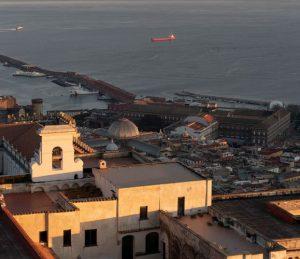 Hyrbil & biluthyrning Neapel flygplats