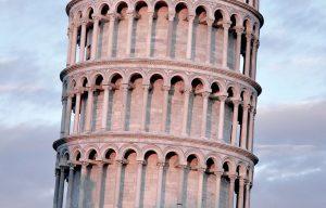 Hyrbil & biluthyrning Pisa flygplats