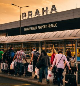 Hyrbil & biluthyrning Prag flygplats