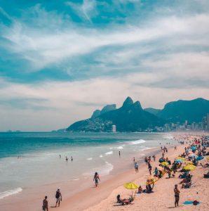 Hyrbil & biluthyrning Rio de Janeiro-Galeão flygplats