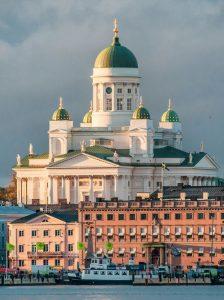 Biluthyrning & hyrbil i Helsingfors